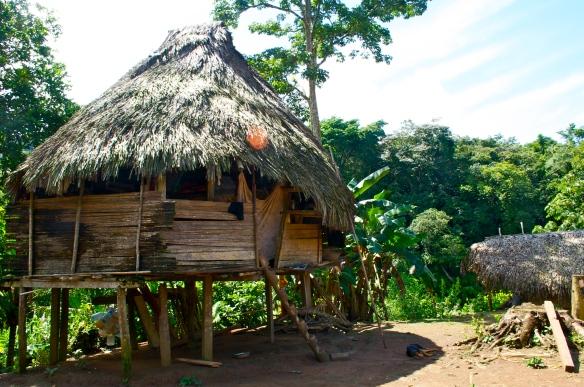 A house in the Embara Puru village